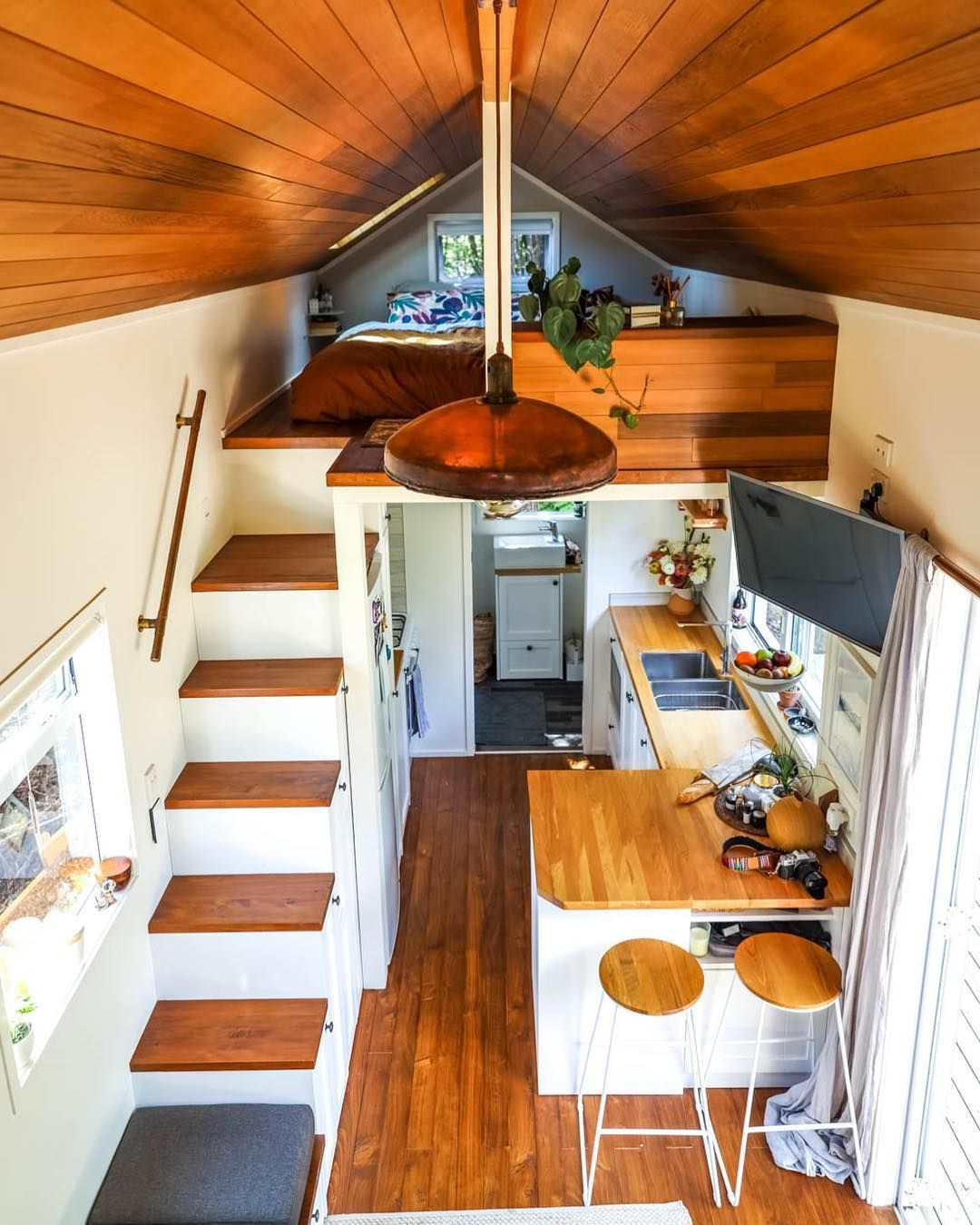 Living Big In A Tiny House On Instagram Such A Brilliantly Designed Tiny House No Space Gone To Waste Modern Tiny House Tiny House Design Home