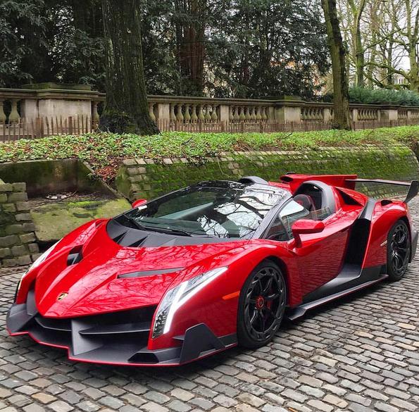 Zdjęcie: Lamborghini Veneno Roadster #lamborghini #veneno #lambo # LamborghiniVeneno