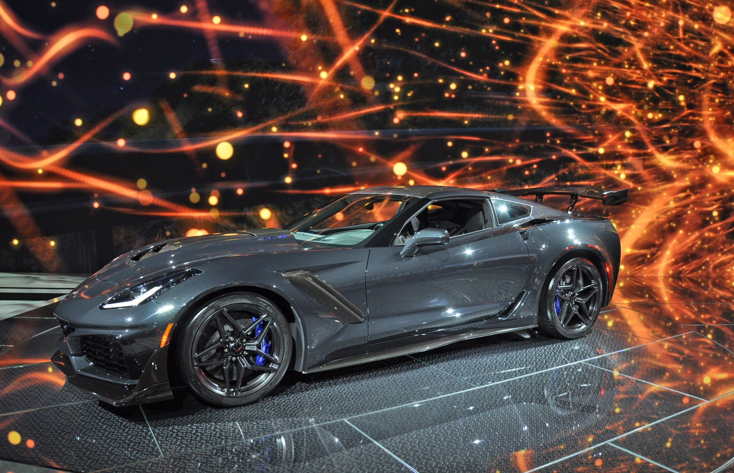 5 Features Of 2021 Chevrolet Corvette Zora Zr1 Design That Make Everyone Love It Chevrolet Corvette 2021 Corvette Corvette