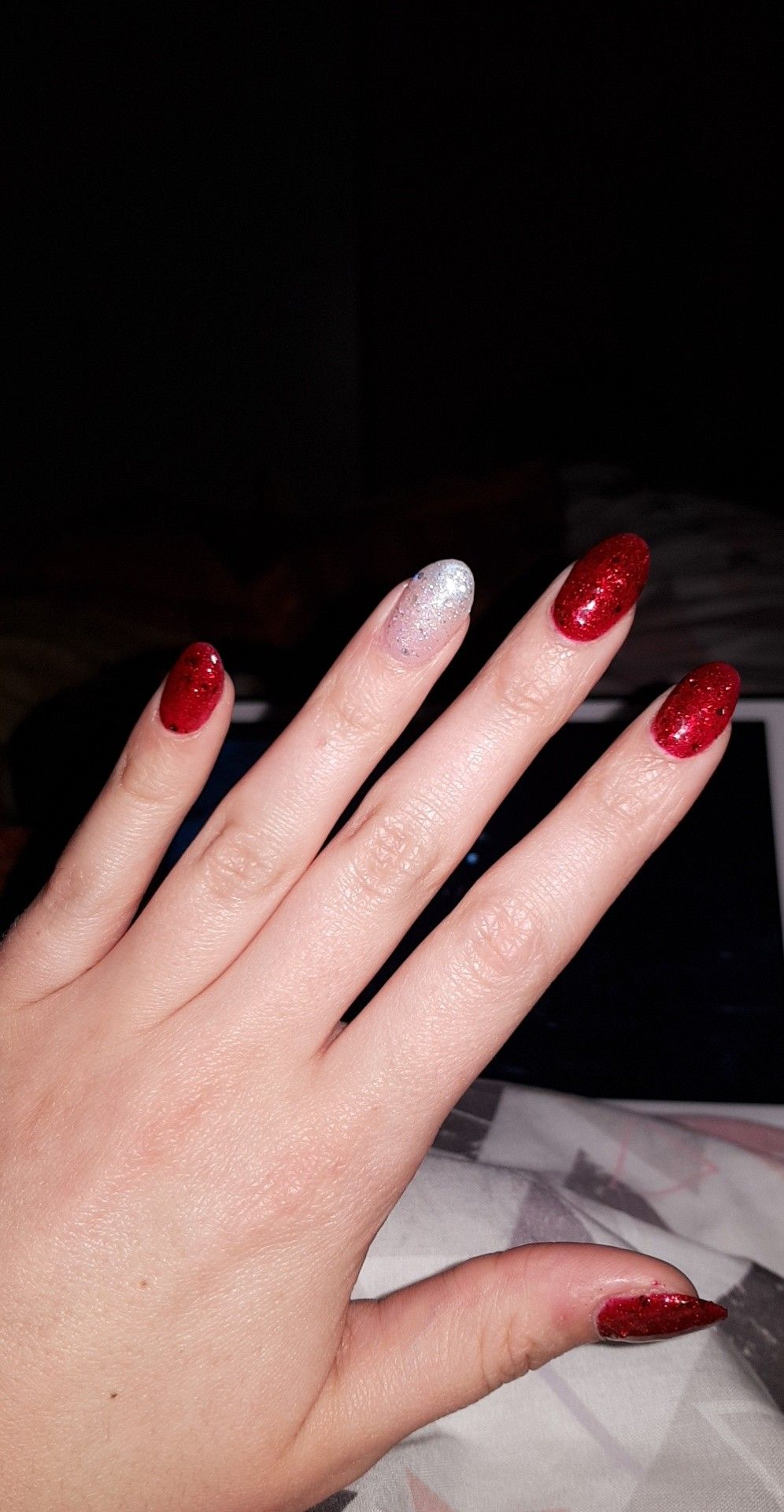 acrylic shellac nails red white glitter sparkle