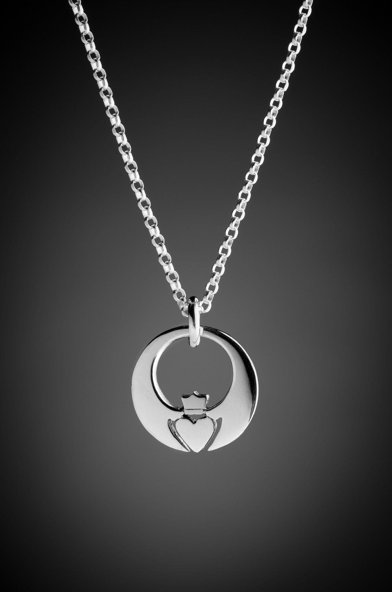 Silver Claddagh Pendant Hearts Pinterest Claddagh And Pendants
