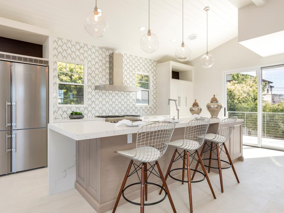 beautiful pictures of kitchen islands hgtv s favorite design ideas hgtv mutfak on kitchen ideas with island id=96056