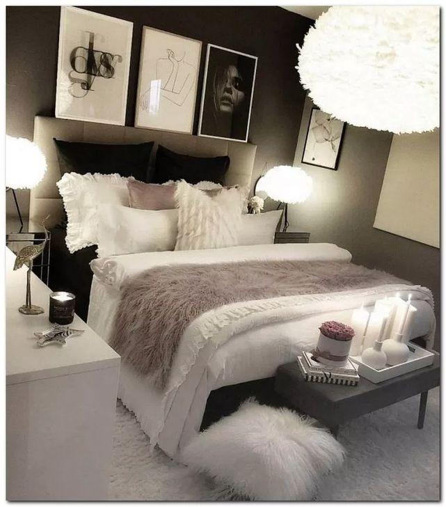 20+ Elegant White Bedroom Decorating Ideas For Winter in ...