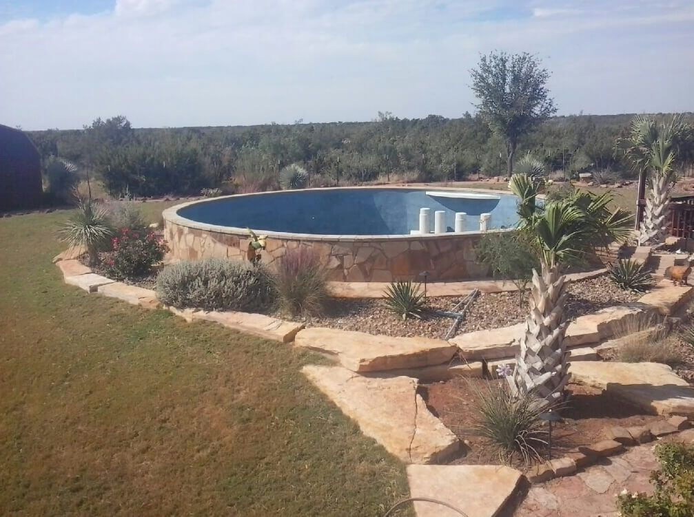 Stock tank pool with wet bar unfilled by yeske tanks - How to filter a stock tank swimming pool ...