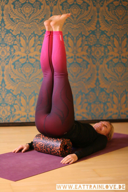 Wir dürfen unseren Muskeln sowie dem umliegenden Bindegewebe eine spezielle Art von Training gönnen: Faszientraining mit der Blackroll ist das Stichwort.