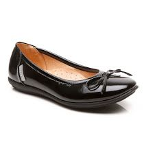 Step2wo  New Cilla - Patent Slip On: These updated simple and smart girls school…
