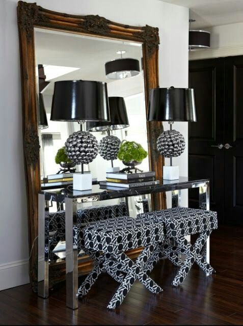 Not These Actual Pieces Just The Set Up Large Standing Mirror Console Table Lamps And X Bench Don T Know Where Interior Design House Interior Home Decor