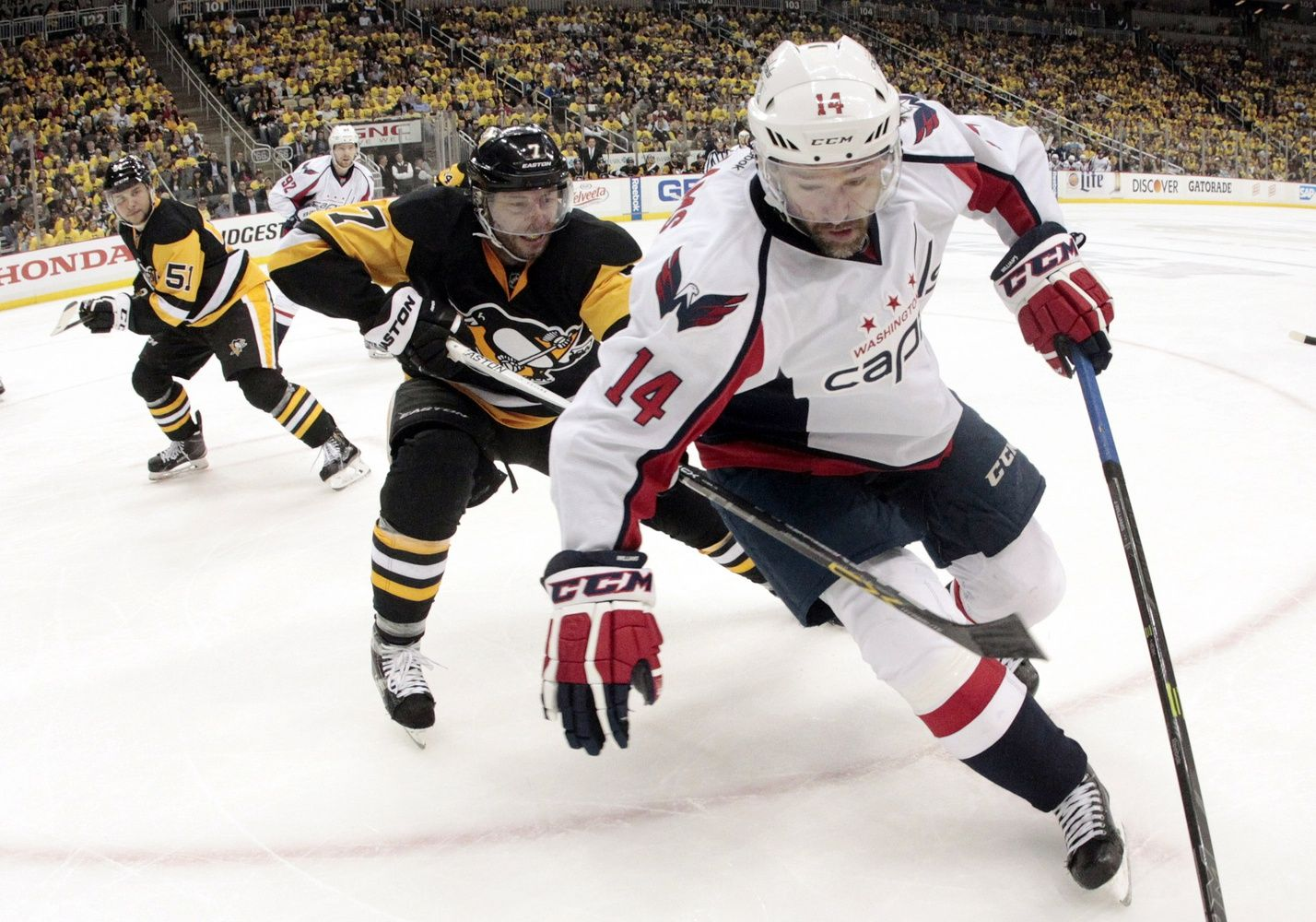"""The Capitals signed free-agent right wing Justin Williams to a two-year contract to help get them over the mountainous hump of the second round of the playoffs. On Thursday, two days after the Capitals saw their season ended by the Pittsburgh Penguins in Game 6 of the second round of the playoffs, the Caps' 34-year-old veteran sugar-coated nothing. """"Listen, it was a failure,"""" Williams said."""
