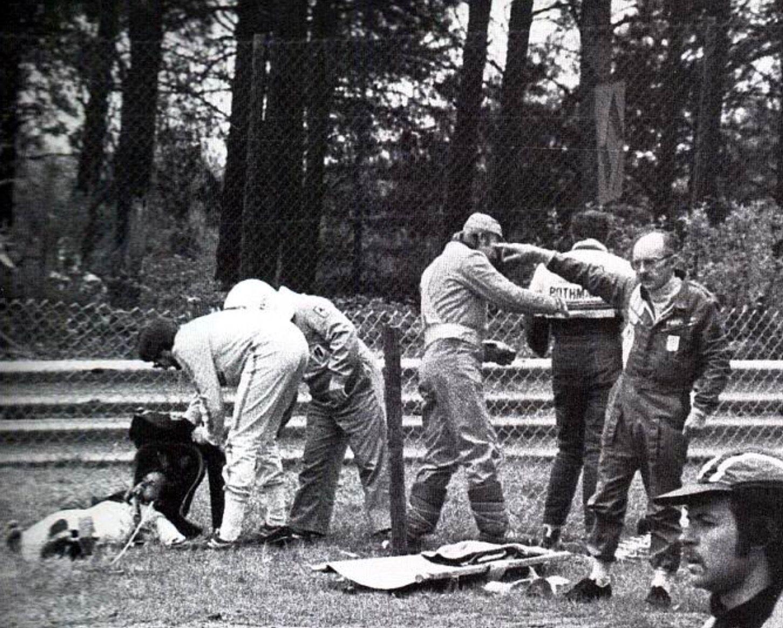 Gilles fatal crash  Gilles Villeneuve  F1 crash Indy cars et F1 drivers