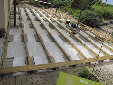 Terrasse en bois sur parpaings de 8m par 4m Jardin Pinterest - construction terrasse en bois sur parpaing