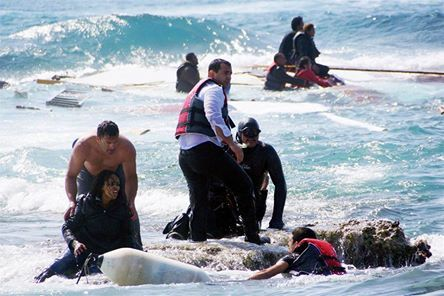 osCurve News: Harrowing images show migrants shipwrecked as they...