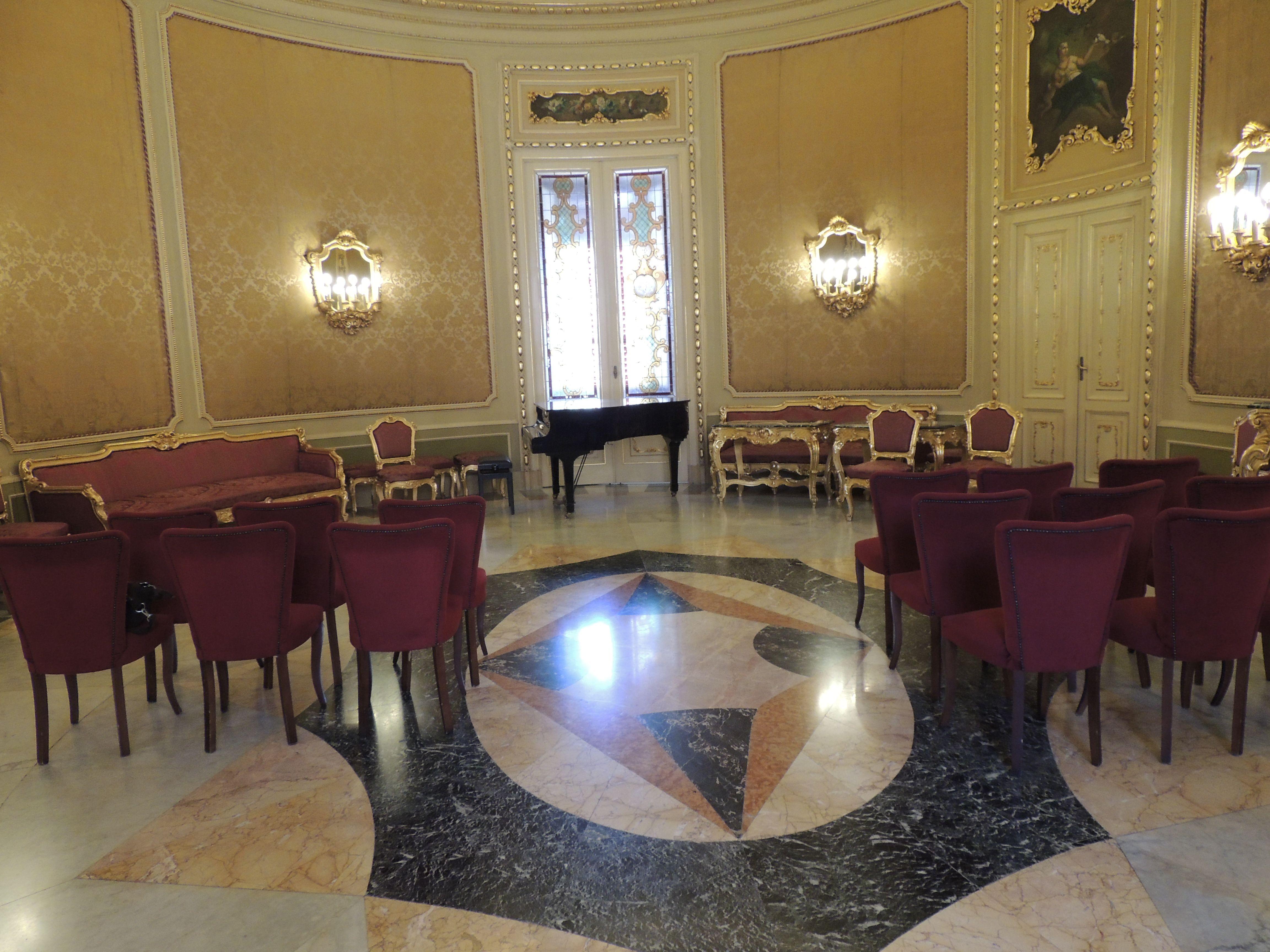 Sala dei matrimoni del Municipio di Noto - SICILIA Italy_Ph Gianluca