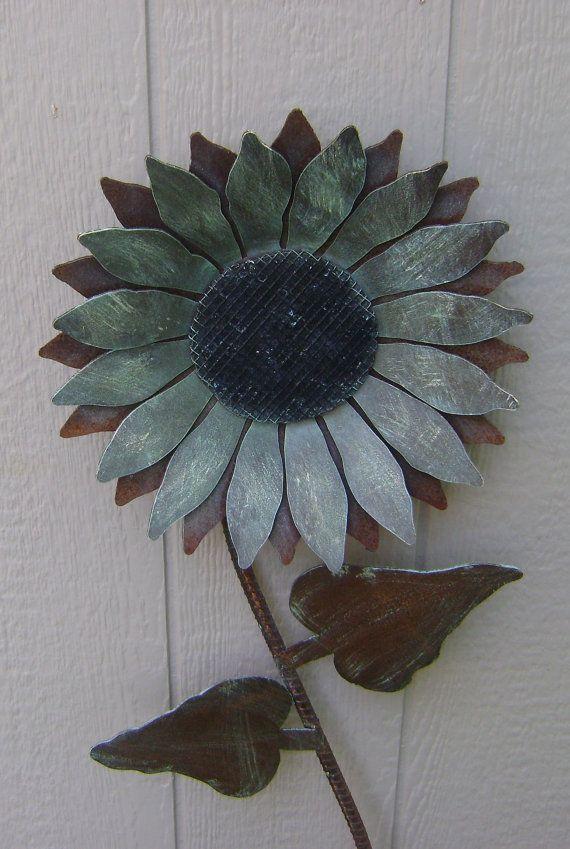 Sunflower, Metal Garden Art, Rusty Metal Sunflower wall art, flower ...