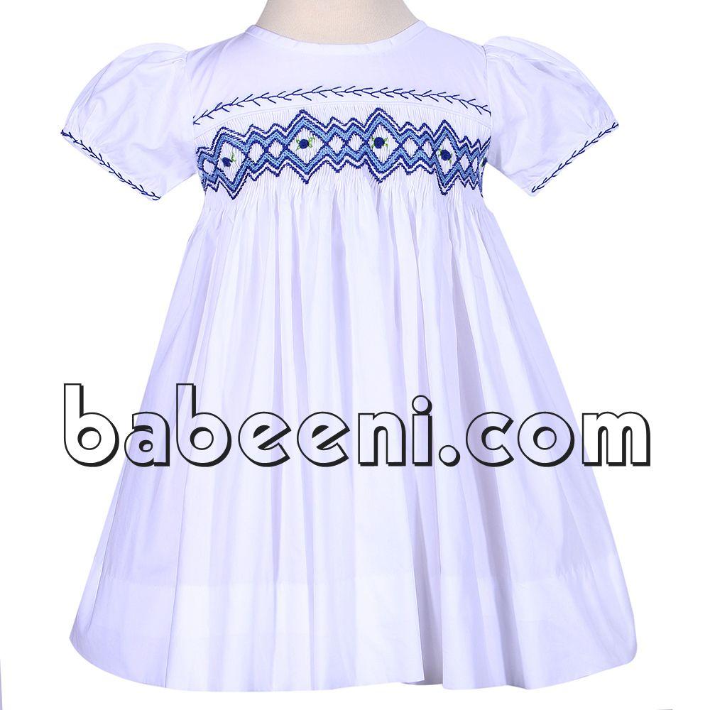 White geometric smocked dress for little girls http://babeeni.com/Detail-white-geometric-smocked-dress-for-little-girls---dr-2257-6119.aspx