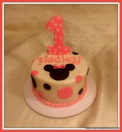 minnie mouse smash cake cousin s creations birthday cakes for gals