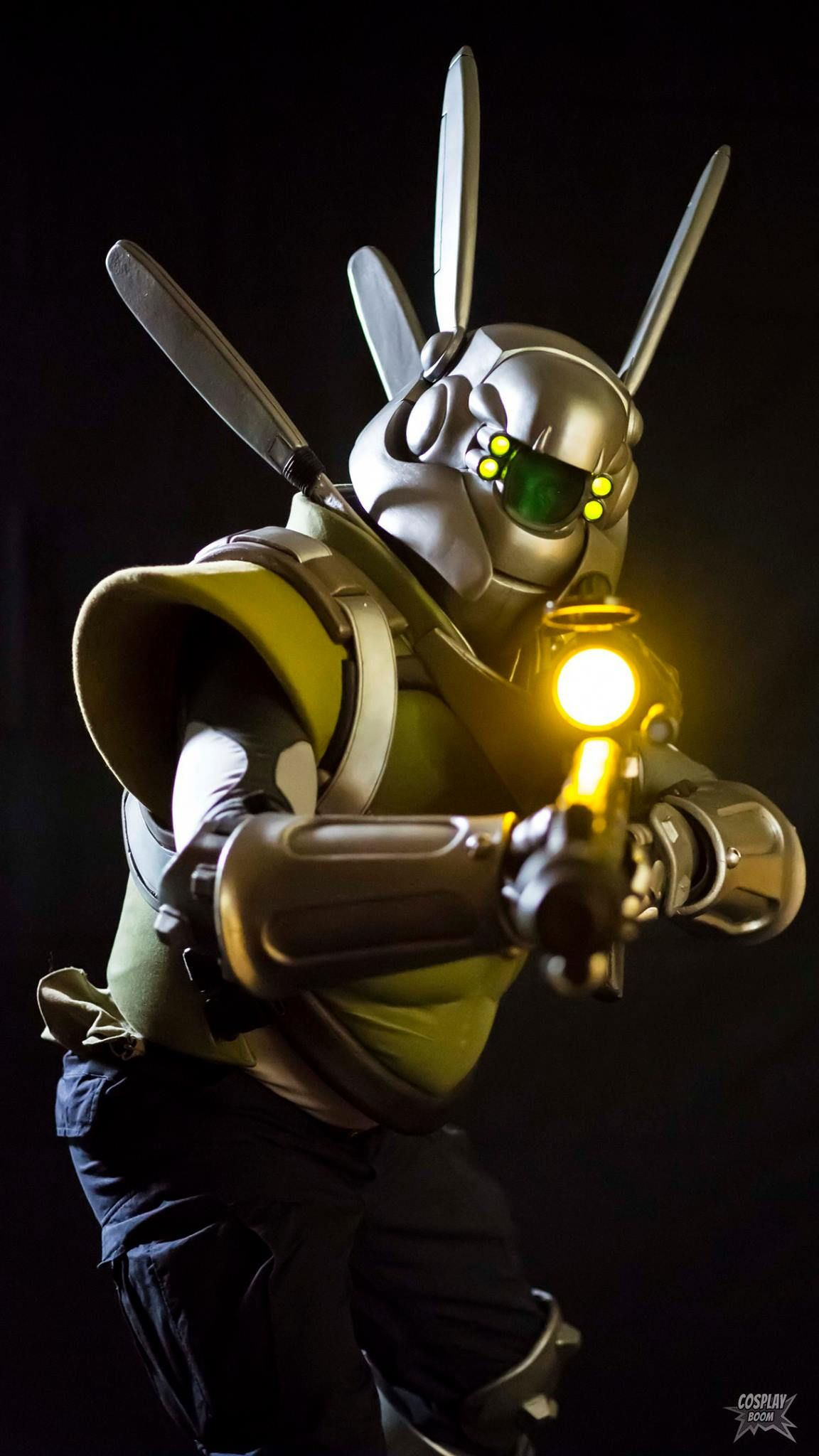 Briareos Costume Prop And Helmet Build Write Up Best Cosplay Cosplay Masamune Shirow