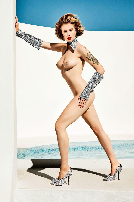 basinger legs nude Kim
