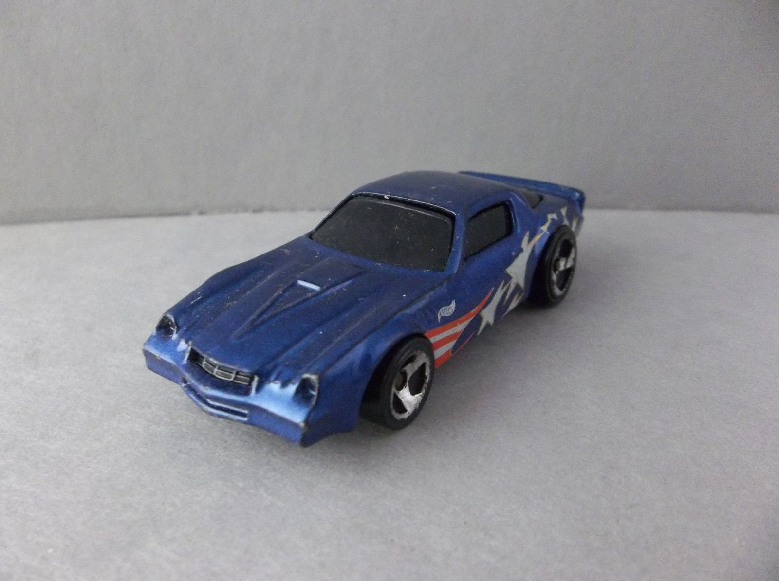 Hot Wheels 1982 Chevrolet Camaro Z28 Blue Stars Stripes Diecast