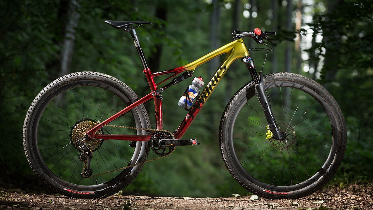 Specialized Has Totally Revamped The Epic Fsr Up To 525g Lighter Brain 2 0 1 5 Slacker And Sin Mongoose Mountain Bike Mountain Biking Gear Mountain Biking