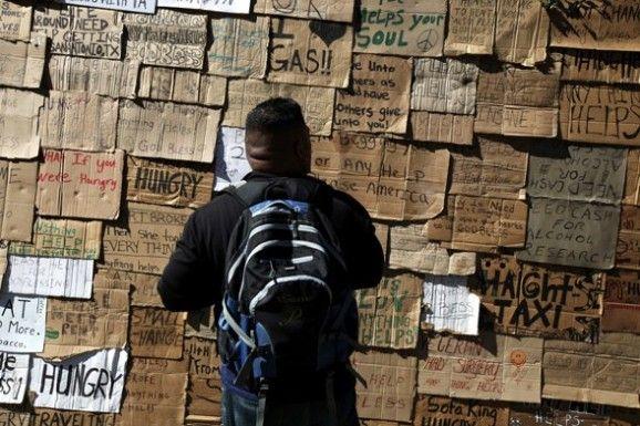 Relaxshacks Com Nyc Homeless Shelter Shack Exhibit Housing Cabin Homeless Shelter Homeless Exhibition