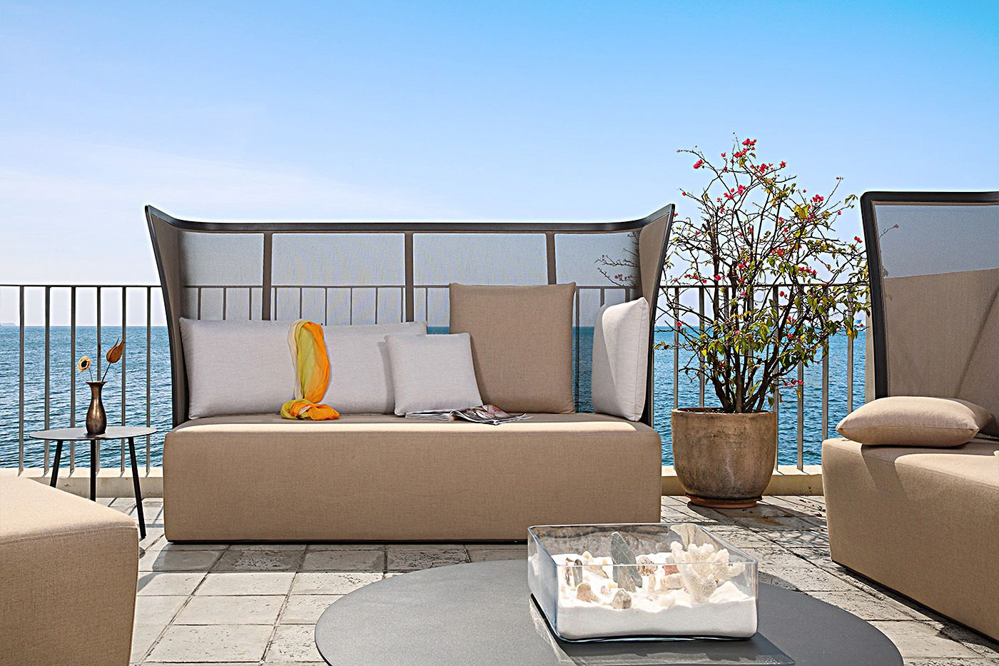 Bolero high back outdoor lounge group | Outdoor sectional ...