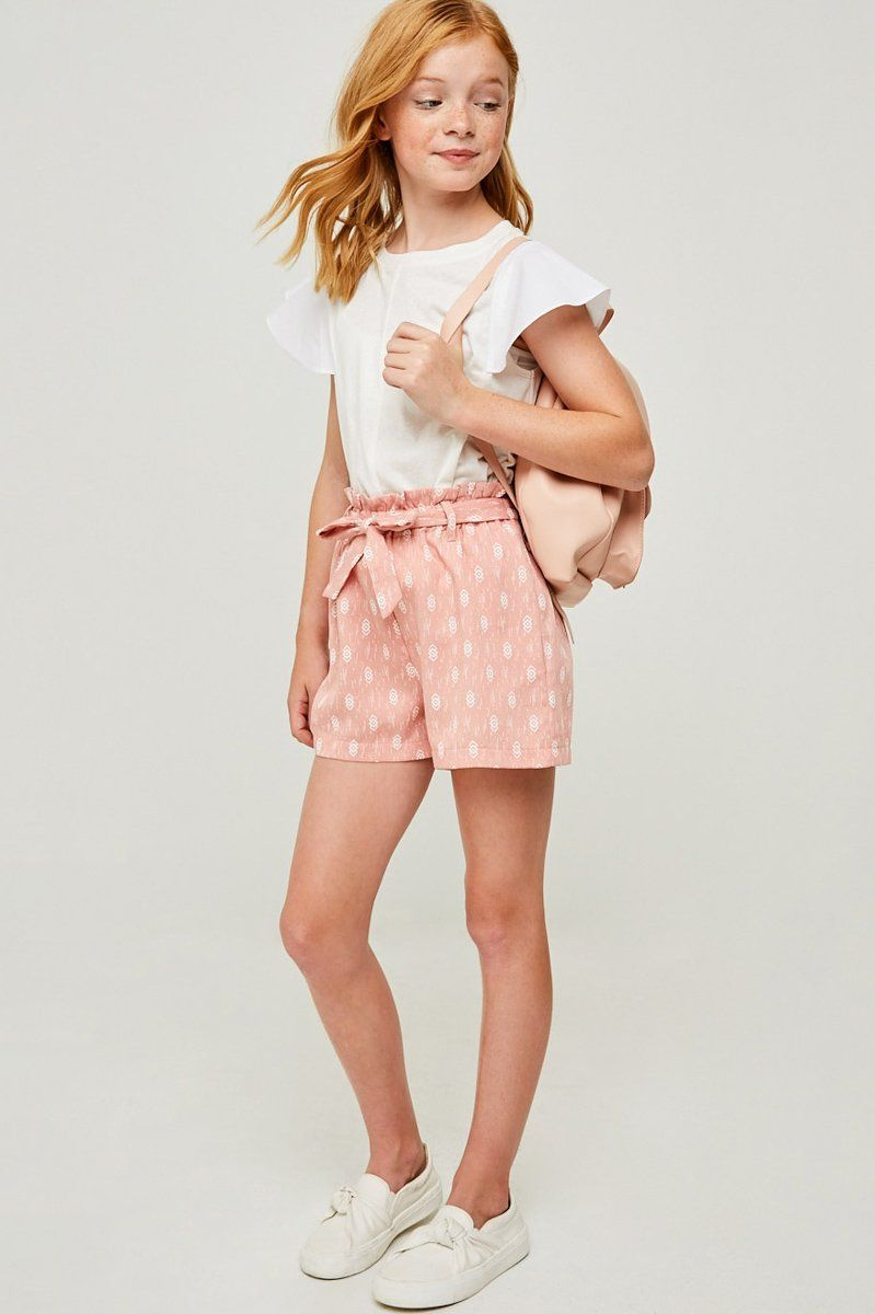 Product Details A Printed Paperbag Tie Shorts Features: Printed Cotton Blend Fabric Removable Belt Functional Front Pockets Measurement Model's height is 4'5