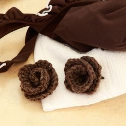 Romantic vintage-style hair clips to keep your tresses tamed on breezy summer days...