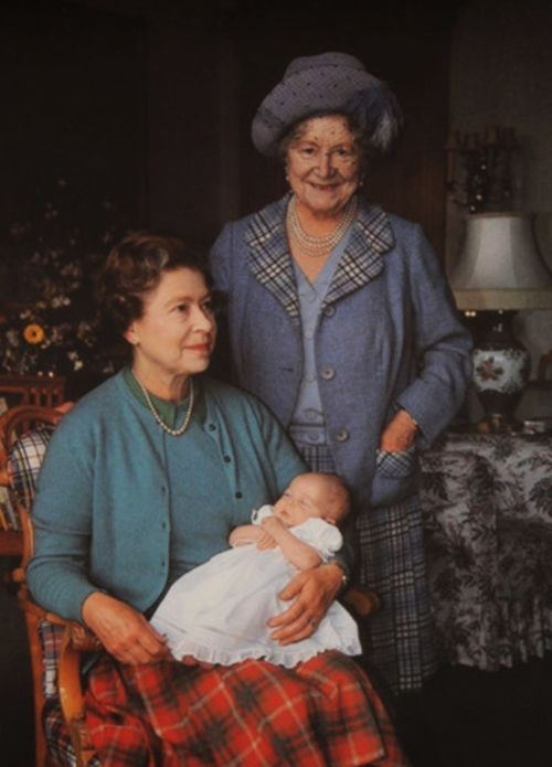 "The Queen Mother and Queen with Princess Beatrice     Three Generations of Bowels-Lyons, all of whom have ""Elizabeth"" somewhere in their name:  The Queen Mum (standing), Queen Elizabeth, the consort  The Queen (Sitting), Queen Elizabeth II  Princess Beatrice Elizabeth Mary of York (the baby)"