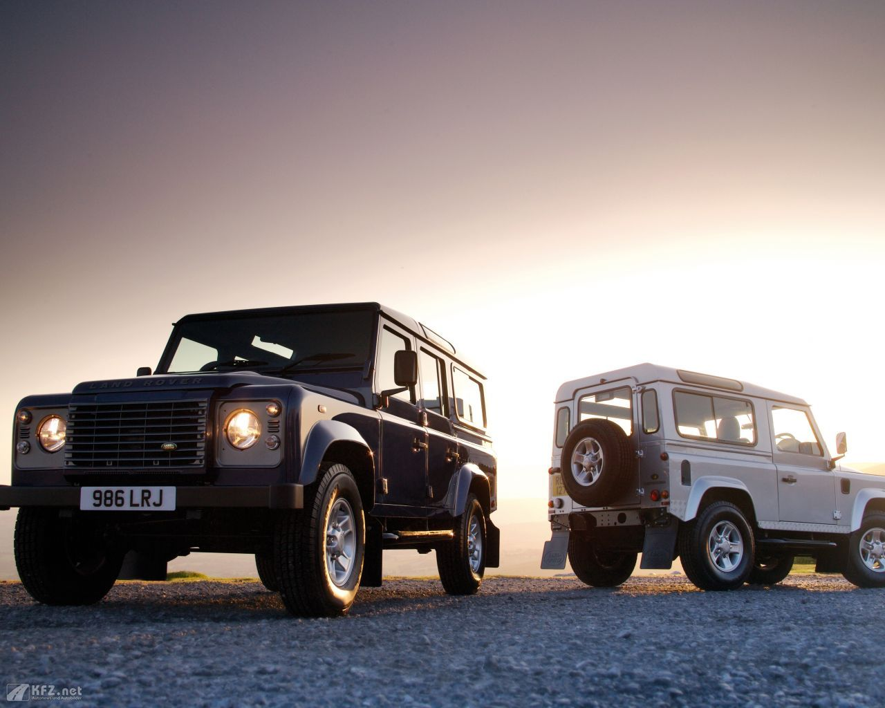 #Landrover #Defender more: http://www.kfz.net/autobilder/land-rover/