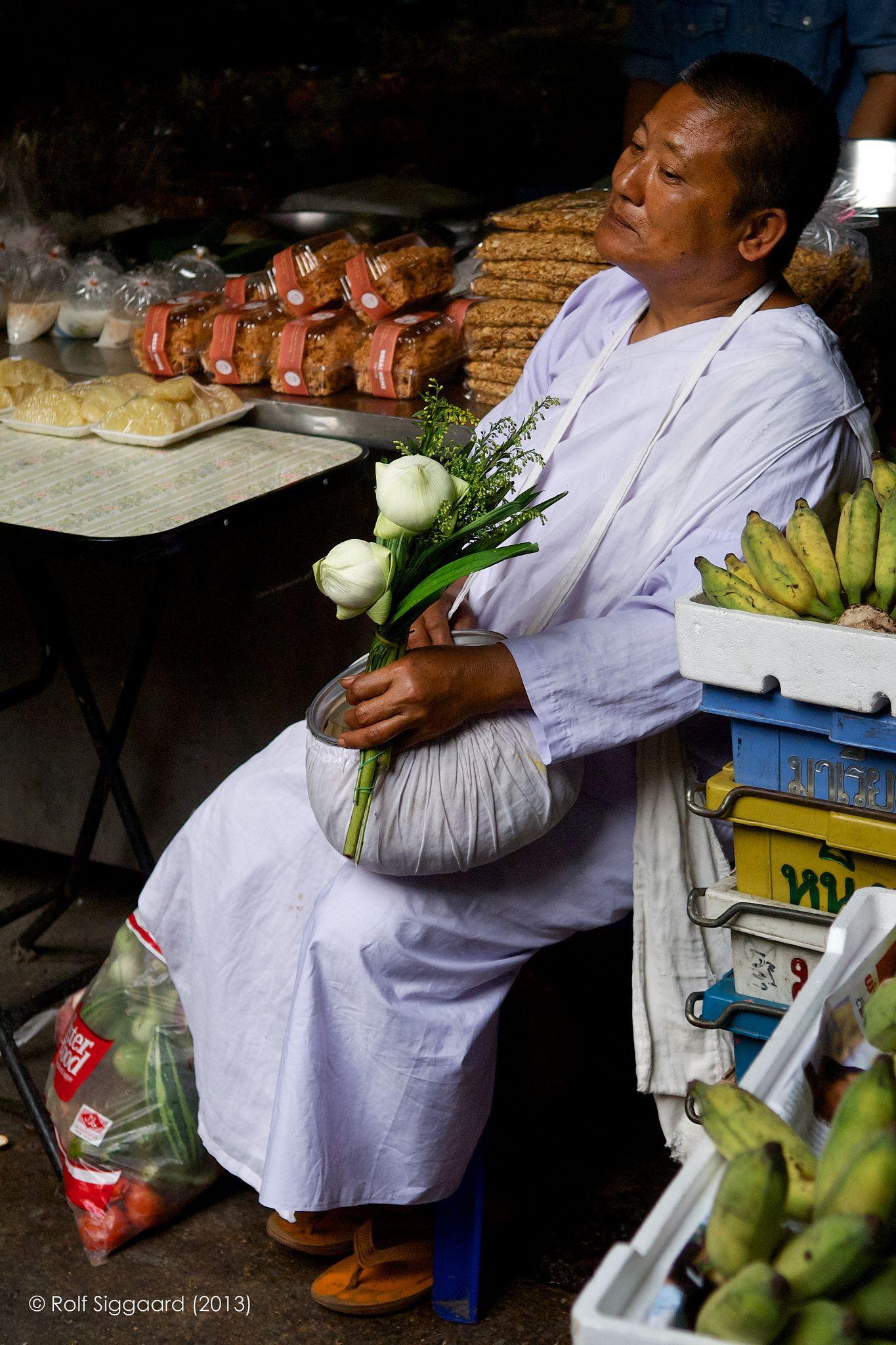 https://flic.kr/p/e1Mwfu   Thailand Street Market #1   Hua Hin, Thailand