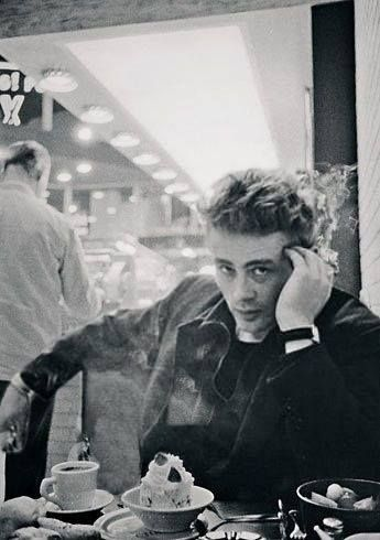 James Dean The Giant Eating At A Diner Dean Jimmy Dean