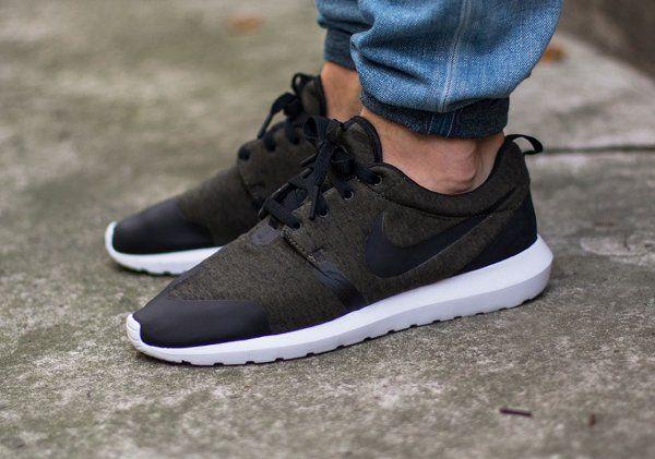 best website d621b 96340 Nike Roshe Run NM Fleece Cargo Khaki