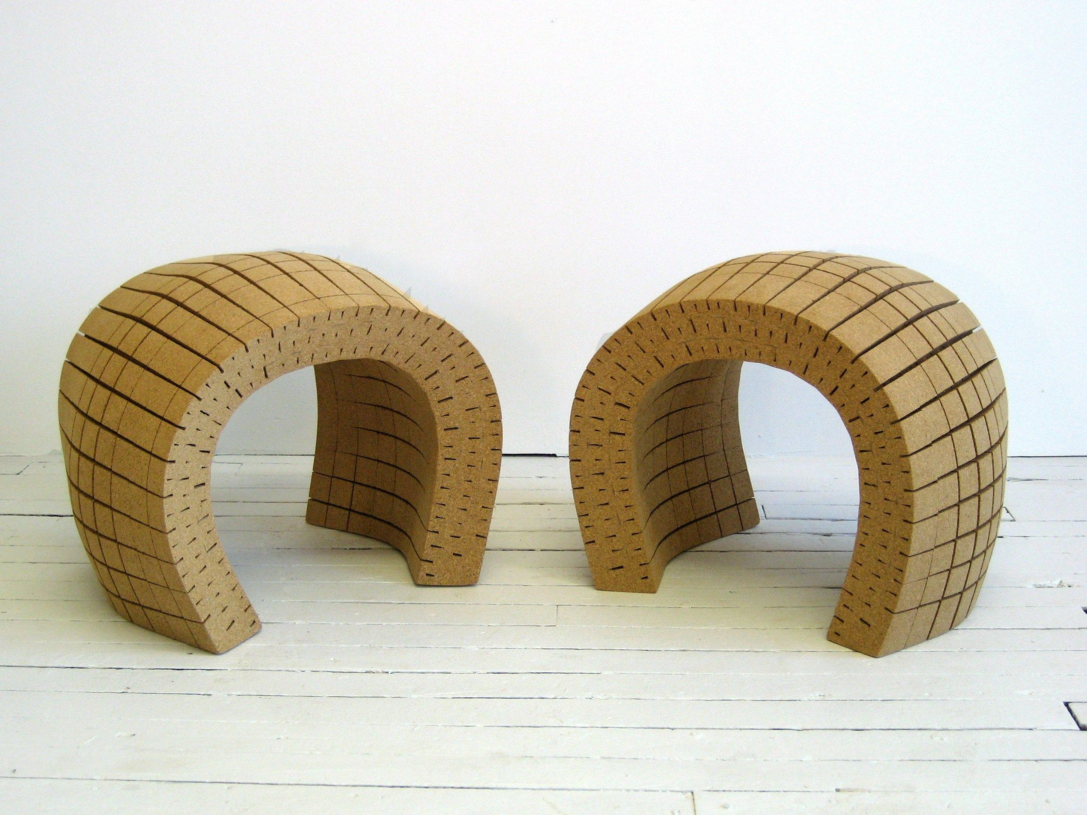 Kork Möbel Niedriger Hocker Aus Kork Minhoca By Daniel Michalik Furniture