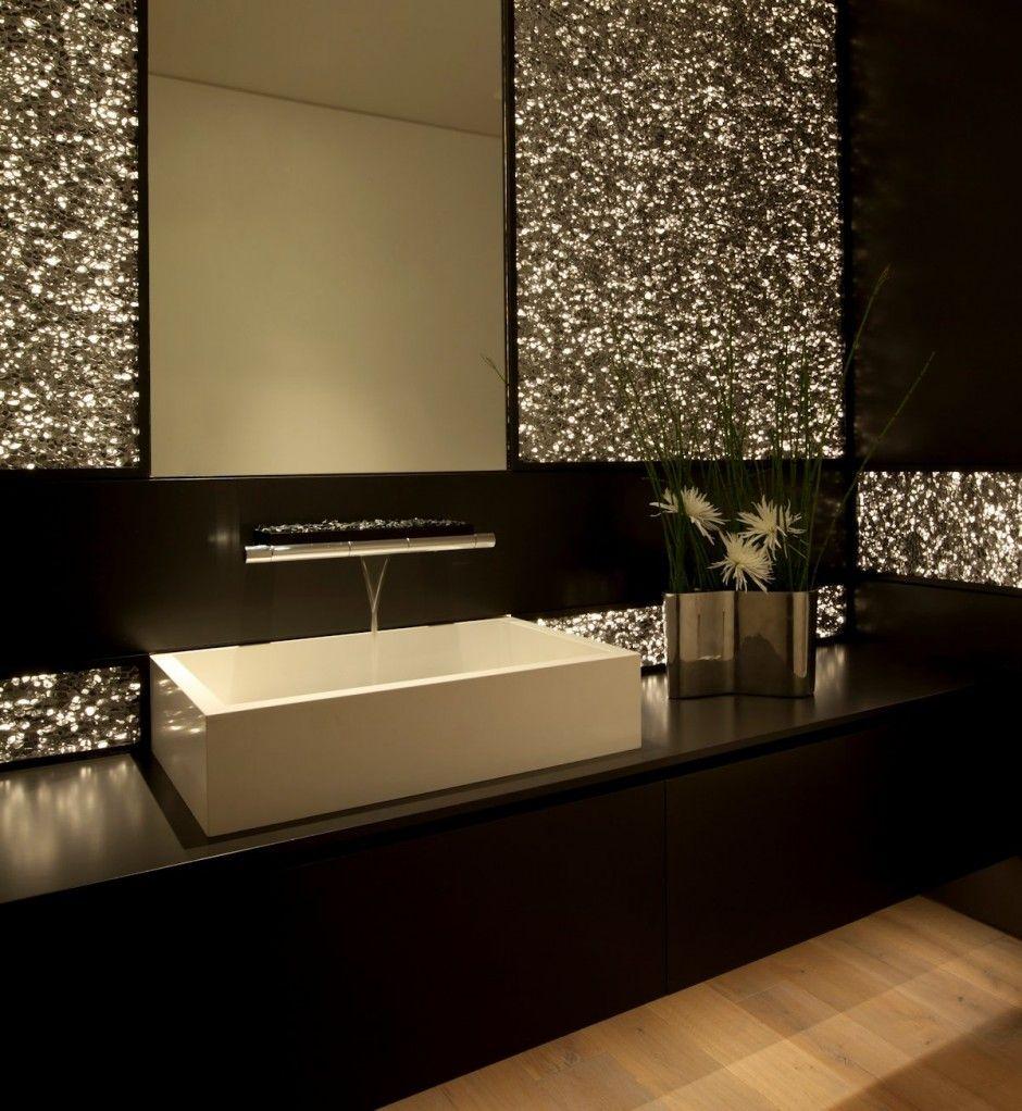 Salle De Bain De Luxe Moderne En Noir Et Dore Decoration