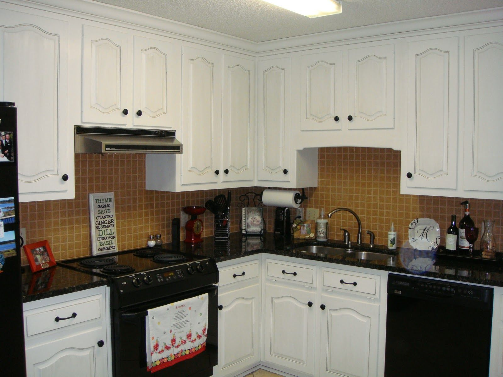 Used Oak Kitchen Cabinets Kitchens With Black Appliances Kitchen Cabinets With