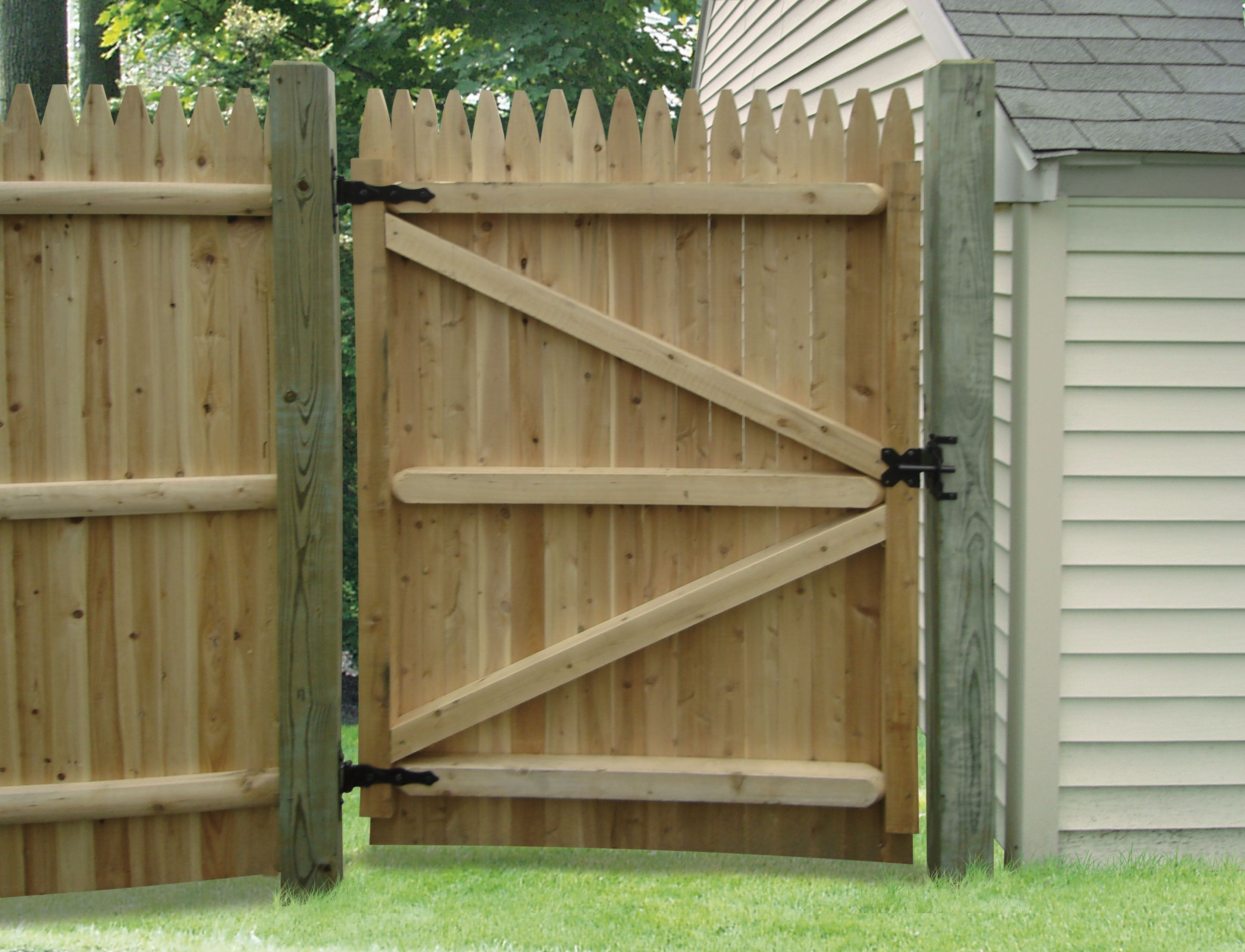 Wooden fence gates designs wood fence doors interior Wood garden fence designs