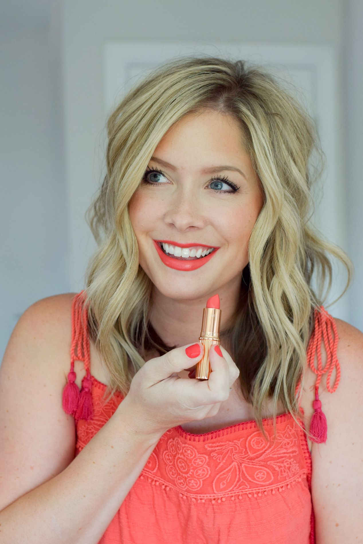 The Trick to Wearing a Bright Lip The Small Things Blog