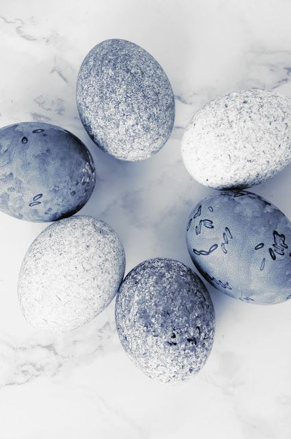 Ostereier mit Reis färben | Easter | Pinterest | Easter, Coloring ...