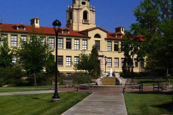 Pomona College Claremont Ca Www Pomona Edu Pomona College