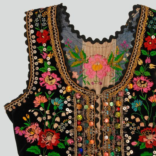 Polish Folk Costumes. Bodice from west Kracow.