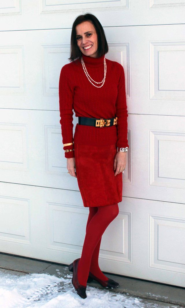 Leatherover40 Mature Woman Wearing A Red Leather Skirt