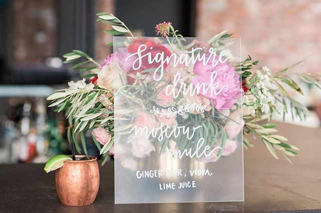 Friday's are always a little happier when photos from fun shoots come in! Here's a little sneak peek from a #styledshoot with this amazing team last week!  Photography // @elinarosephotography  Flowers // @enchantment_floral Design & Planning // @brannan_events  Invitation Suite :/ @oxfordletteringco Signage & Calligraphy // @jbg_designs Video // @imaginemproductions Cake // @mapetitemaisoncakedesign Makeup // @mu_by_adele Hair // @taycstyles Linens // @partycrushstudio  Venue // @rooftopwc