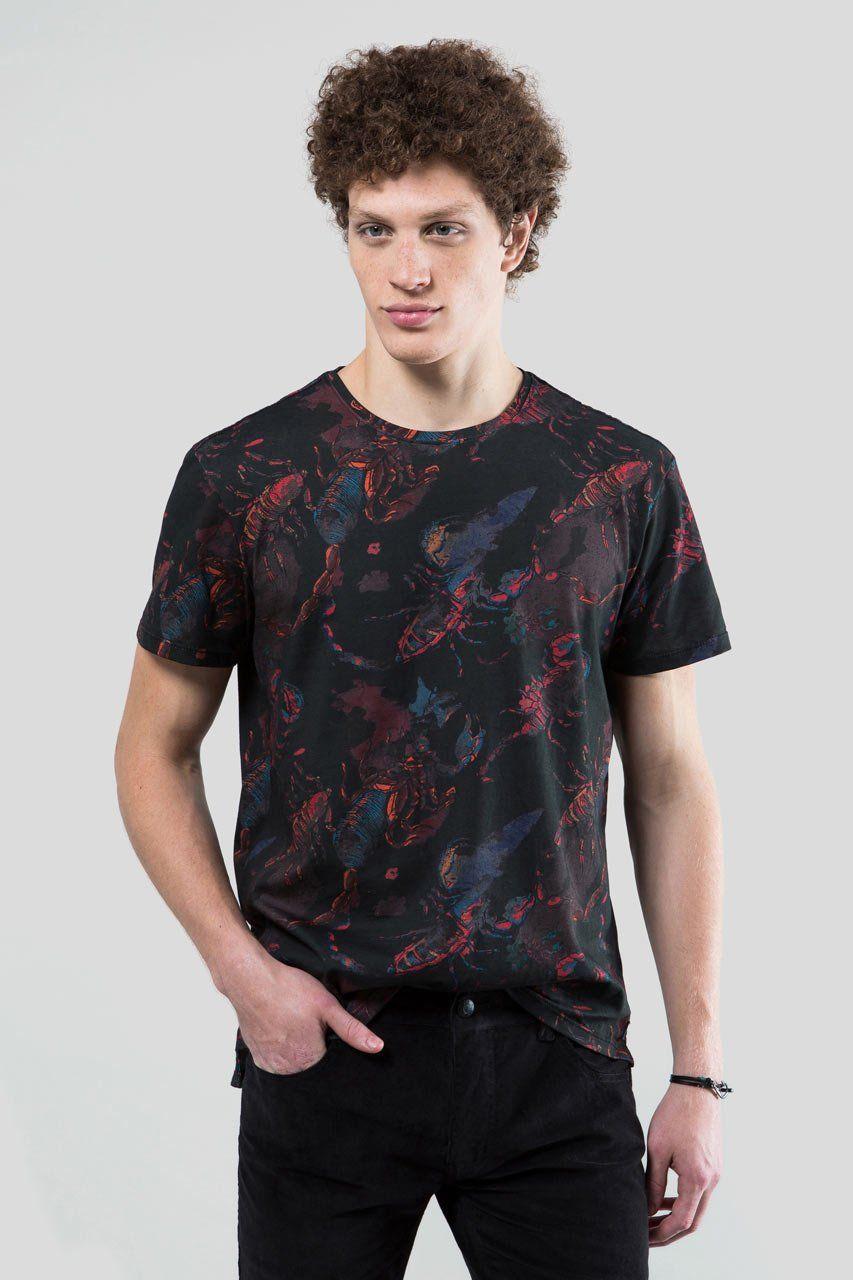 5c90970d014ca Camiseta reserva estampa escorpiao