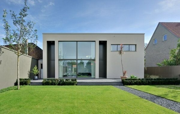 5 Cool Houses With A Stylish Flat Roof Decor10 Blog House Exterior Flat Roof Modern Exterior