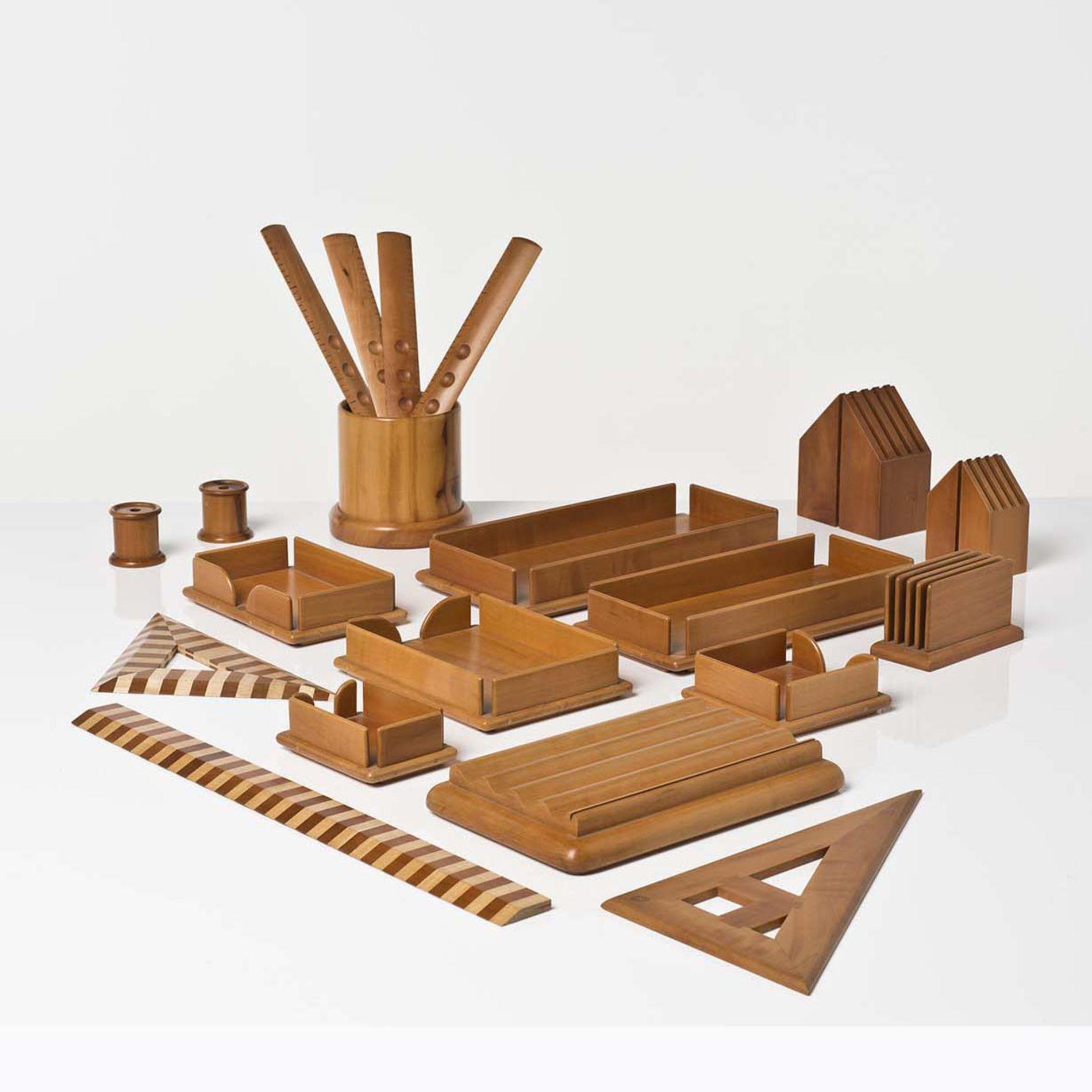 Anonymous; Wood Desk Accessories by Pierluigi Ghianda.