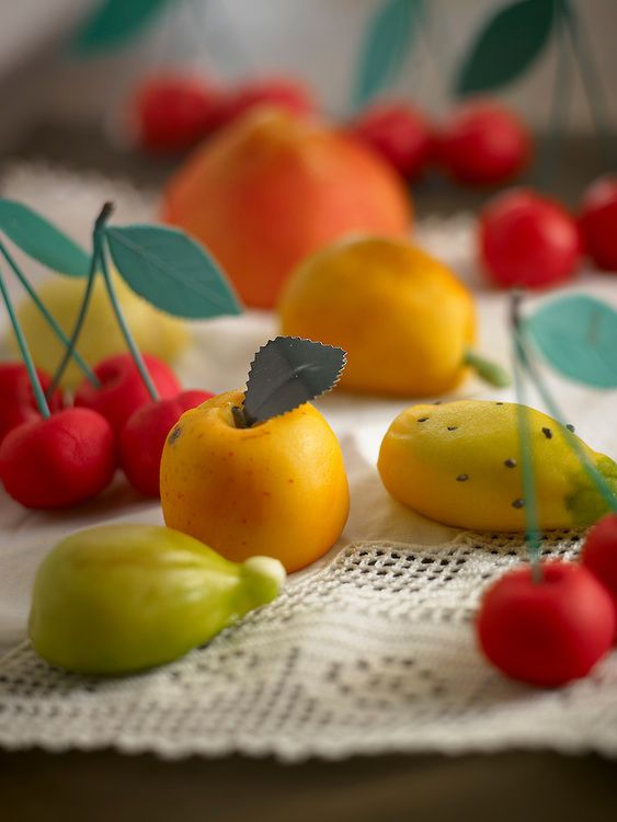 fruits made of marzipan Sicily  http://manosch.photoshelter.com/gallery-image/FoodAndTravel-Editorial