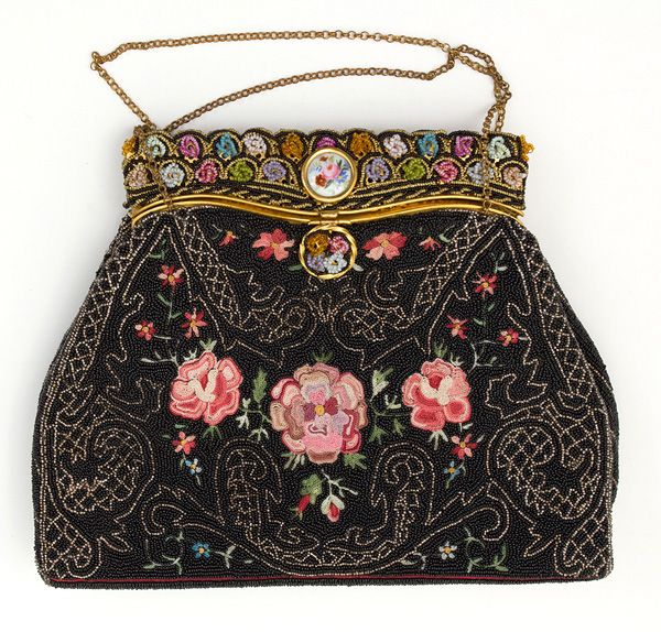 French micro-beaded evening bag, 1930s