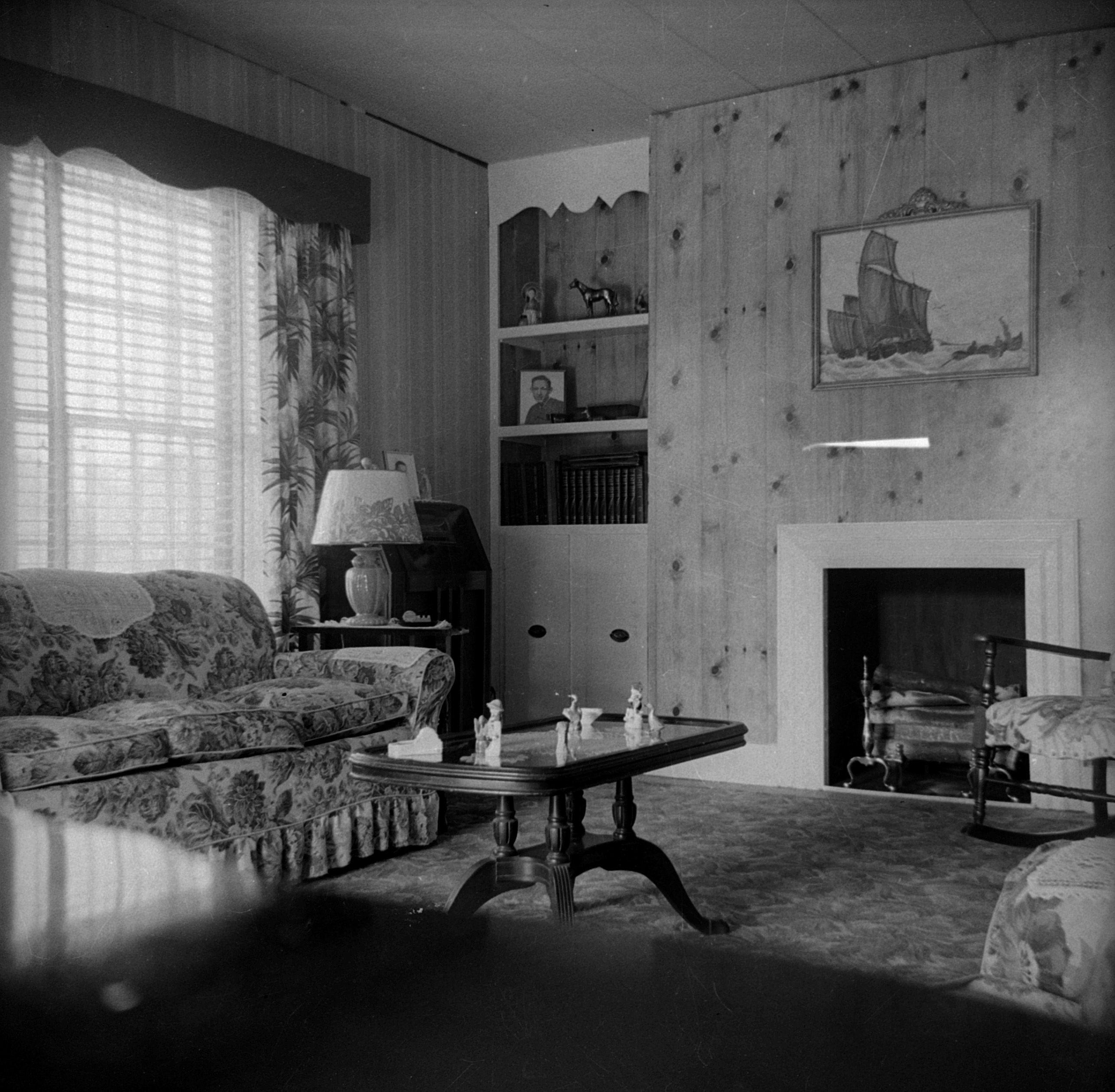 1950s living room clybourne park 1950s living room photo boxes rh pinterest com