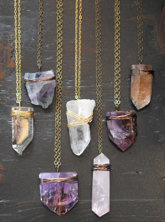 Photo of Kristall und Mineral Draht gewickelt Halskette von 11ElevenNYC auf Etsy $ 54.00