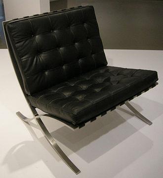 Barcelona Chair Wikipedia In 2020 Barcelona Chair Ludwig Mies Van Der Rohe Bauhaus Furniture
